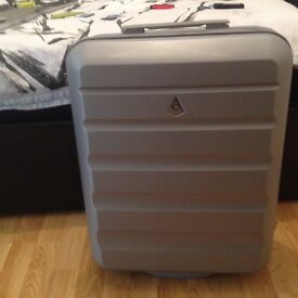 Arolite wheely suits Ryan air cabin bag approves, really light wheight adjustable handle