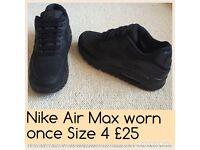 Nike Air Max - Vans - Next Size 4