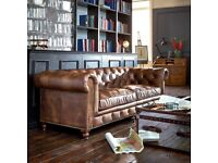 NEW HALO ASQUITH LEATHER 2 SEATER CHESTERFIELD SOFA FROM BARKER & STONEHOUSE ANTIQUE WHISKEY £1899