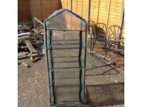Mini green house with zip front & 4 shelves