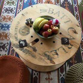 Lovely cable drum coffee table