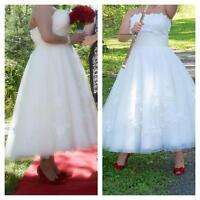Ivory Tulle Tea length wedding dress $ 500