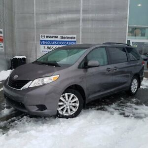 2011 Toyota Sienna LE AWD 7 PASSAGERS