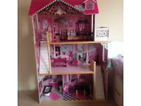 Dolly house for sale in very good conditon, new in the show 140 i sale for £50. 07840344192