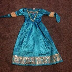 Disney princess dress. Age 7