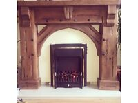 Fireplace, great condition selling as got a new one.