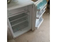 under counter freestanding fridge with ice-box can deliver vgc