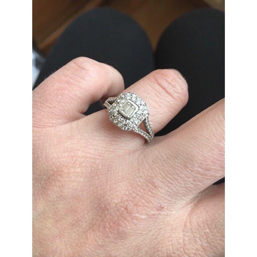 18 cart white gold diamond cluster ring | in Crossmaglen, County ...