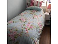 Single bed incl. headboard & matress