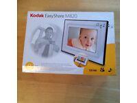 Kodak EasyShare M820 -Electronic Photo Frame