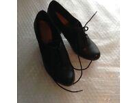 Ladies Black Clark Shoes