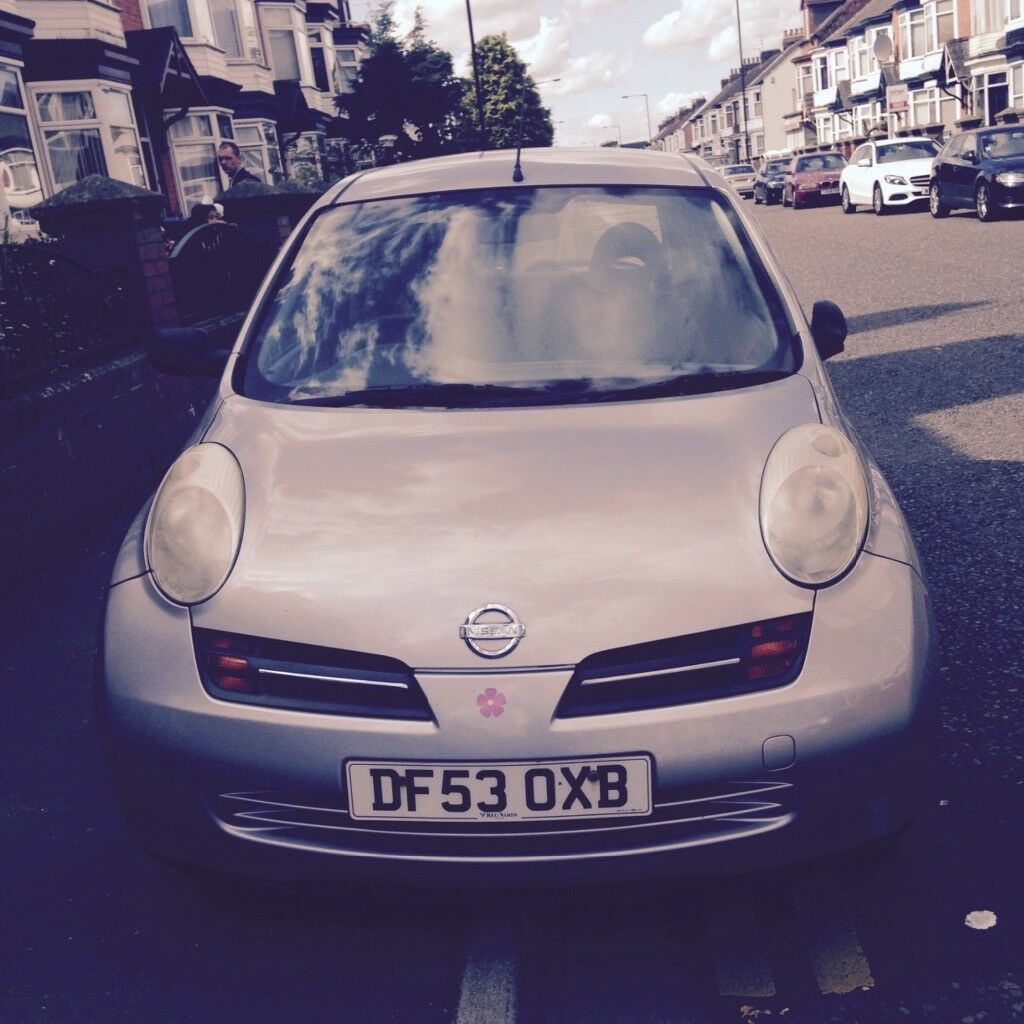 Silver Nissan micra good condition