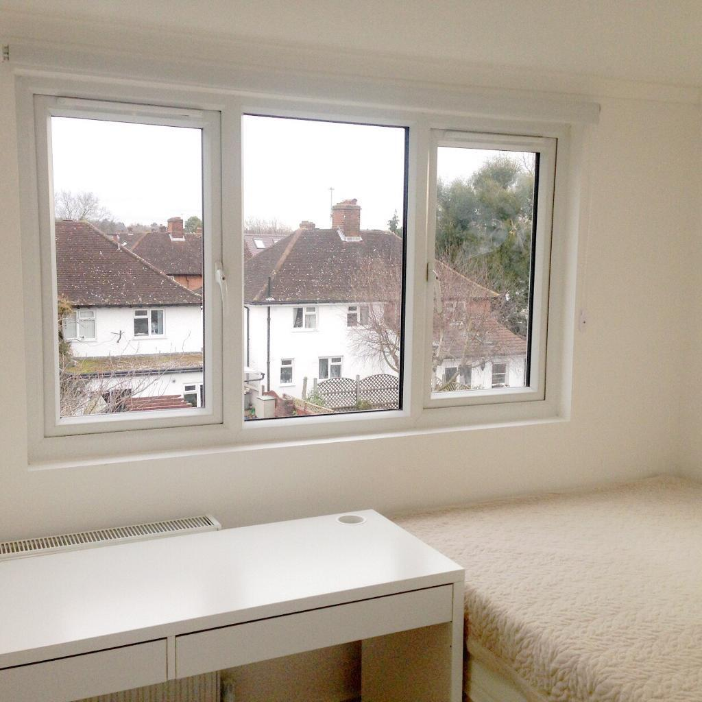 Cozy Double Room for a single tenant in Kingston near Norbiton Station