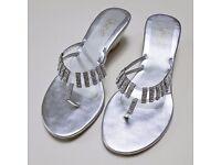 Ladies shoes – Unze London