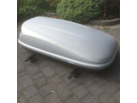 Car Roof Box (Halfords) 420L including Thule Roof Bars in great used Condition