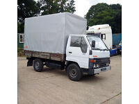 Left hand drive Toyota Dyna 150 2.5 diesel single wheel 3.5 Ton tilt truck.