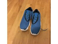 Authentic Nike air Jordan's future low blue size 10