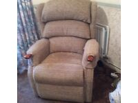 HSL Electric Rise and Recline Chair