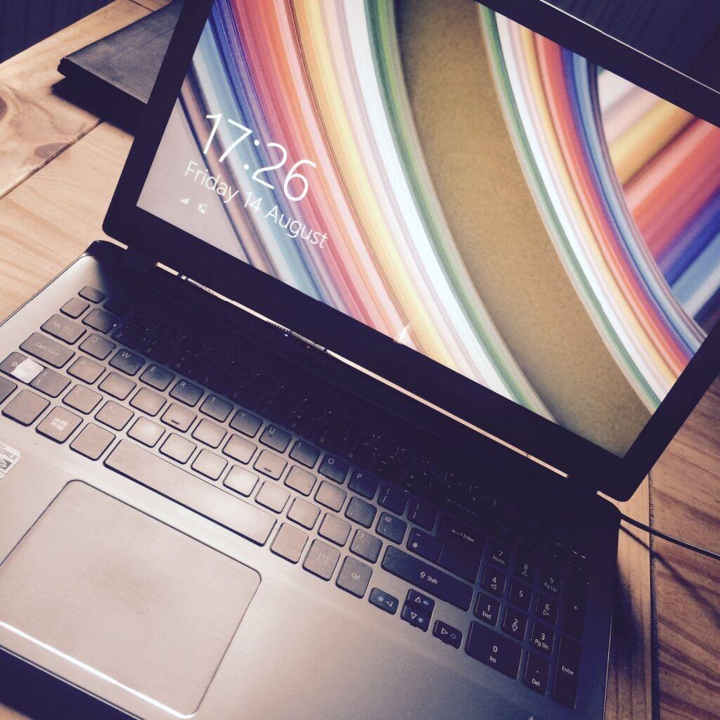 Acer Aspire V7 581PG Touchscreen Ultrabook