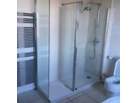 Double shower with walking in enclosure