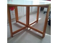 modern folding leaf table in vgc can deliver
