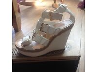 Size 5 Cream and Gold wedges
