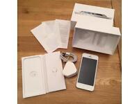 Apple iphone 5 - white - unlocked - factory reset - 16GB