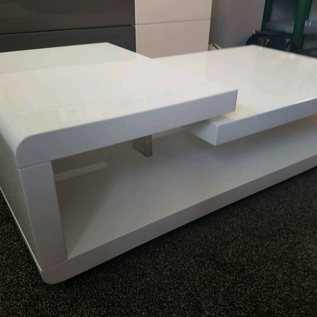 White gloss coffee table in cwmbran torfaen gumtree white gloss coffee table geotapseo Images