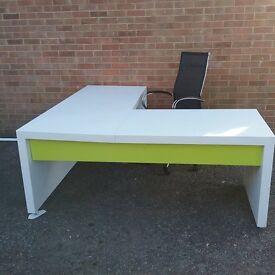 White Reception Desk Premium Finish