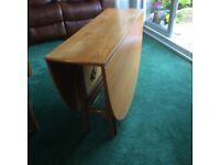 Solid wood Gateleg table