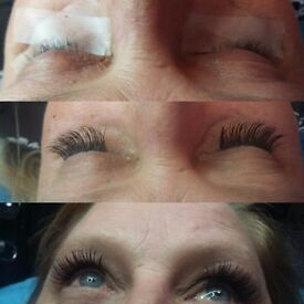 Mobile hollywood lashes