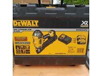 Brand new first 1st fix DEWALT - DCN694P2 18V XR Brushless Metal Connect Nailer Gun 2x 5.0Ah