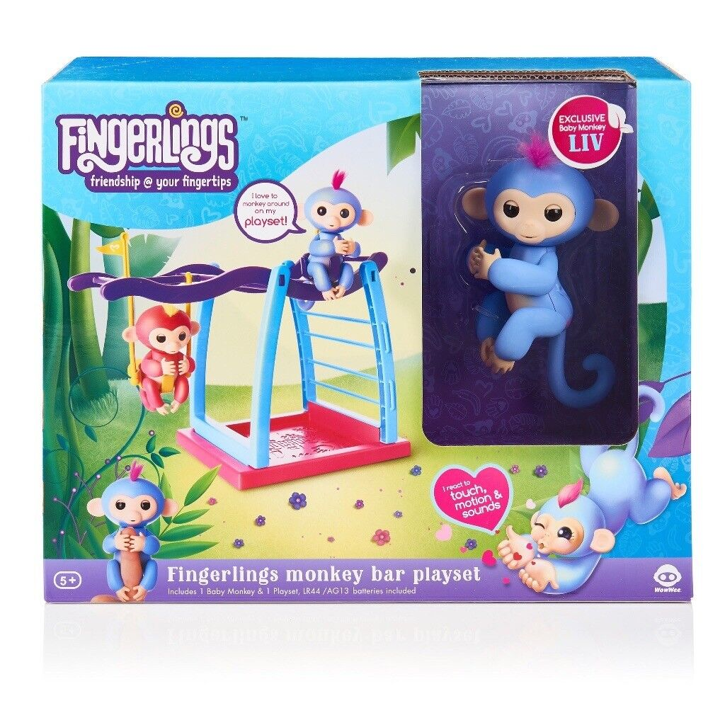 Fingerlings Playset With Rare Monkey Liv Brand New By