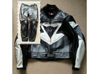 DAINESE SIZE 56 GRAPHITE / BLACK / WHITE 2 PIECE LEATHERS
