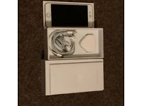 Apple iPhone 6 - 64GB - Gold Smartphone