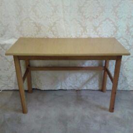Simple Table/Desk