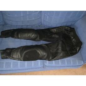 Firefox armoured leather motorbike trousers 30 inch waist 30leg