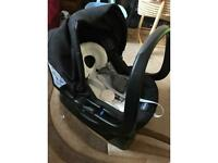 Chicco urban travel system plus brand new car seat