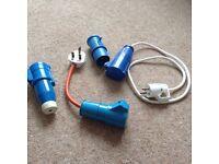 Assorted hookup plugs & levelling blocks
