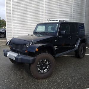 2011 Jeep WRANGLER UNLIMITED Sahara 4X4 2 TOITS
