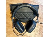 Bowers & Wilkins (B&W) P7 wired headphones - nearly new