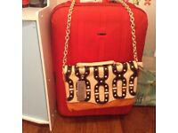 Selection of ladies bags (3)