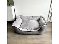Self Warming Puppy Bed - Great Condition