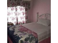 BEAUTIFUL SINGLE ROOM FOR A GIRL