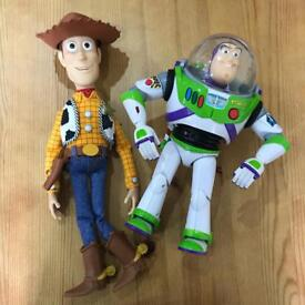 Woody and Buzz lightyear talking figures