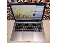 "THE BEST PACKED Apple MacBook Pro 13.3"" 2.5GHz i5 8GB 256GB SS Grade A+ with 14 Month Warranty!"