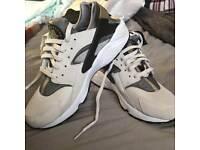 Nike Huarache Size UK8