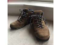 Mens Timbalands boots size 8