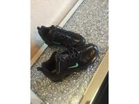 Ladies size 5 Nike vapormax.