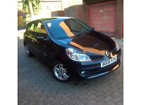 Renault Clio 1.2 expression 3dr, very low miles 1 previous owner